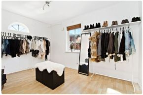 Dreamy walk in closet 6